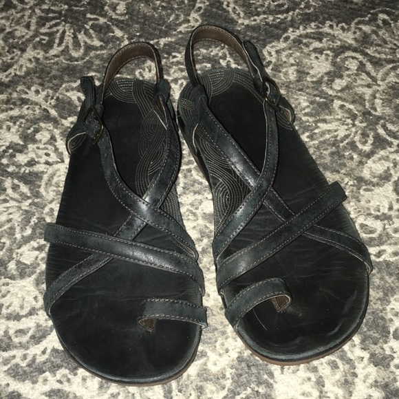 ab8a2de46495 Chaco Shoes - Chaco Dorra leather sandal